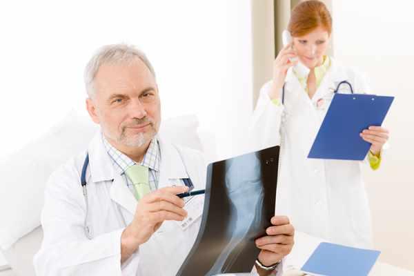 Tłumaczenia dokumentacji medycznej - jak zrobić to dobrze?